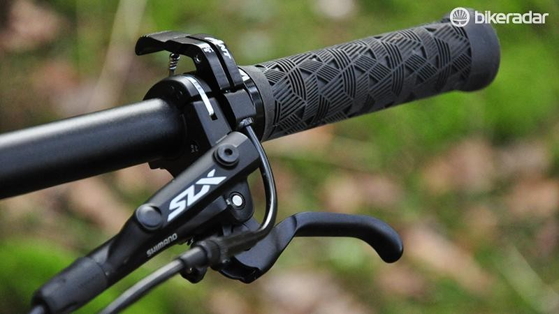 SLX hydraulic brakes provide good stopping power