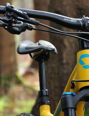 Finishing kit, such as the Connect Trail handlebars, come courtesy of Giant