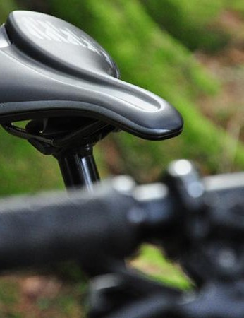 Like pretty much all women's MTBs, the Pique comes with a female specific saddle