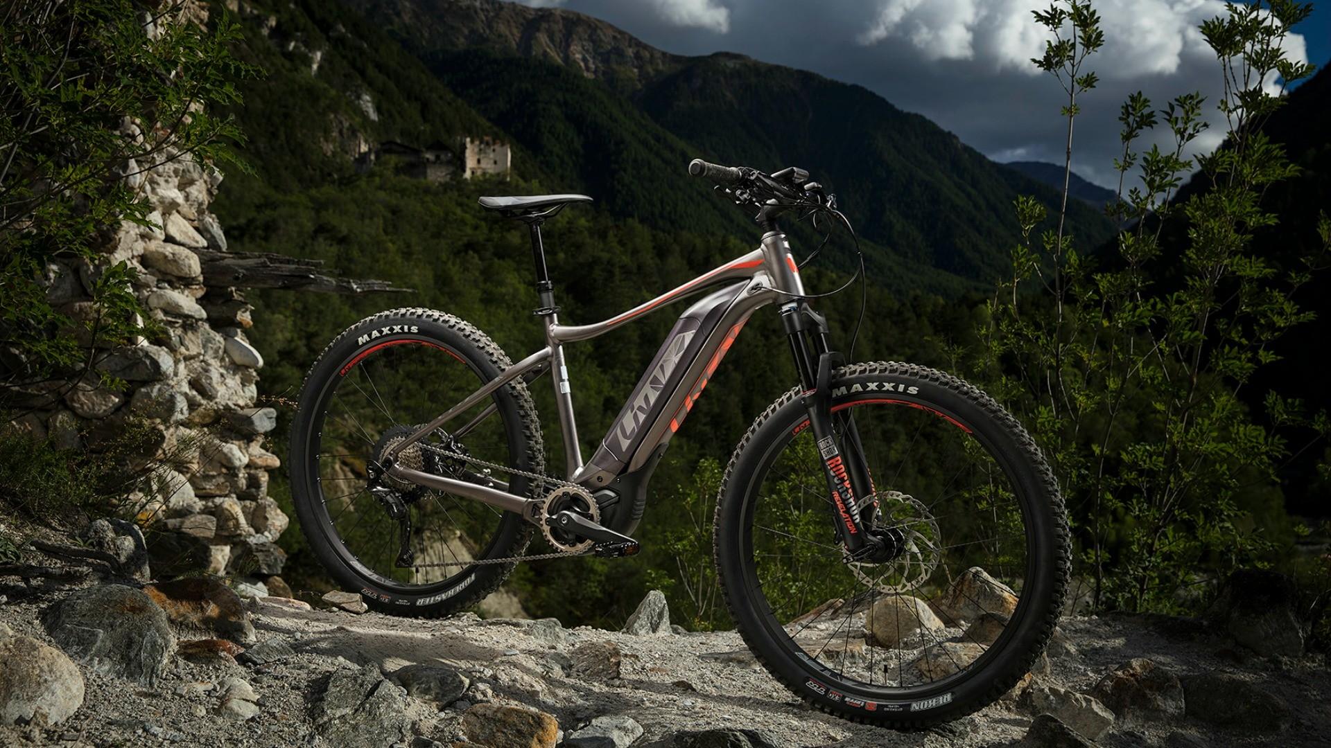 The top-of-the-range Liv Vall-E+ 0 Pro