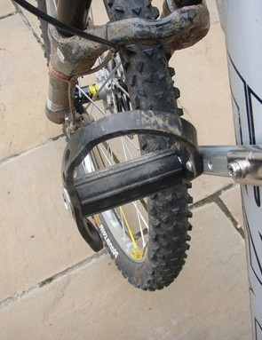 Once fitted it's rock solid with no need for any adjustments or retightening beyond a bit of stirrup position tweaking