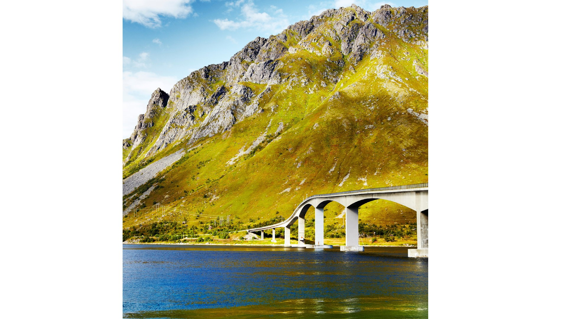 Gimsøystraumen Bridge links Austvagoy with Gimsøy in the Lofoten Islands, Norway