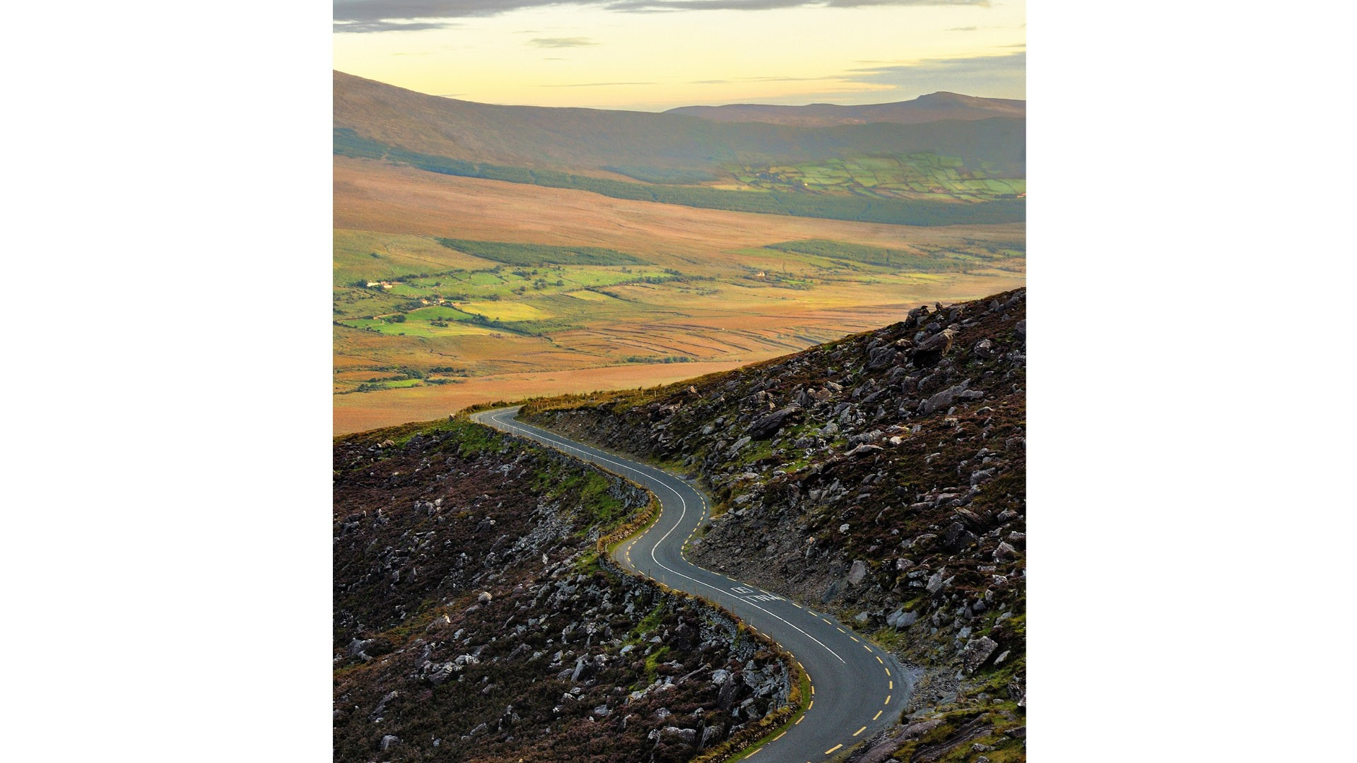 There are few straight roads on the Dingle Peninsula, Ireland