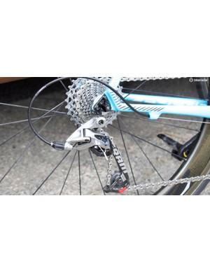 A long cage rear derailleur and larger cassette for climbing was used