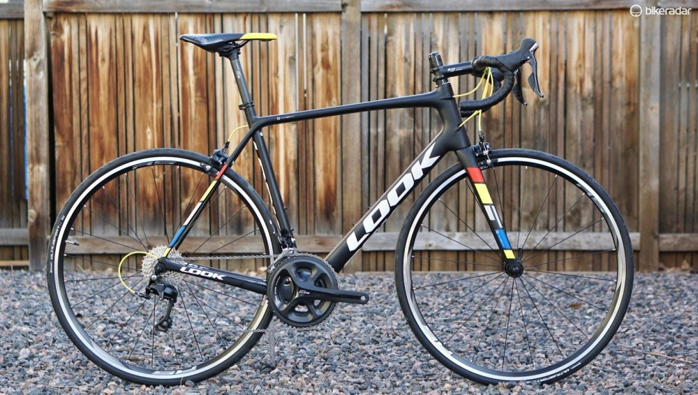The Look 785 Huez is the French company's more affordable version of its 785 D'Huez RS. The bikes share the same shape but use different carbon