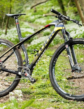 As with the French brand's road bikes, Look's 989 race hardtail stands out from the herd