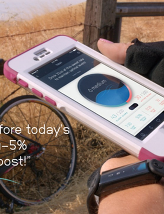 The device offers real-time feedback on how to optimize your hydration level