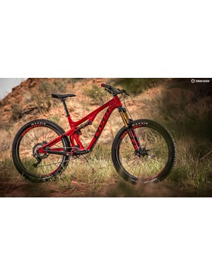 The new Pivot Mach 5.5 Carbon is an impressively well-rounded machine