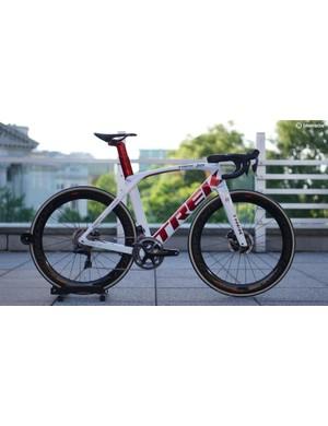 Trek-Segafredo will race this Chrome Tour style