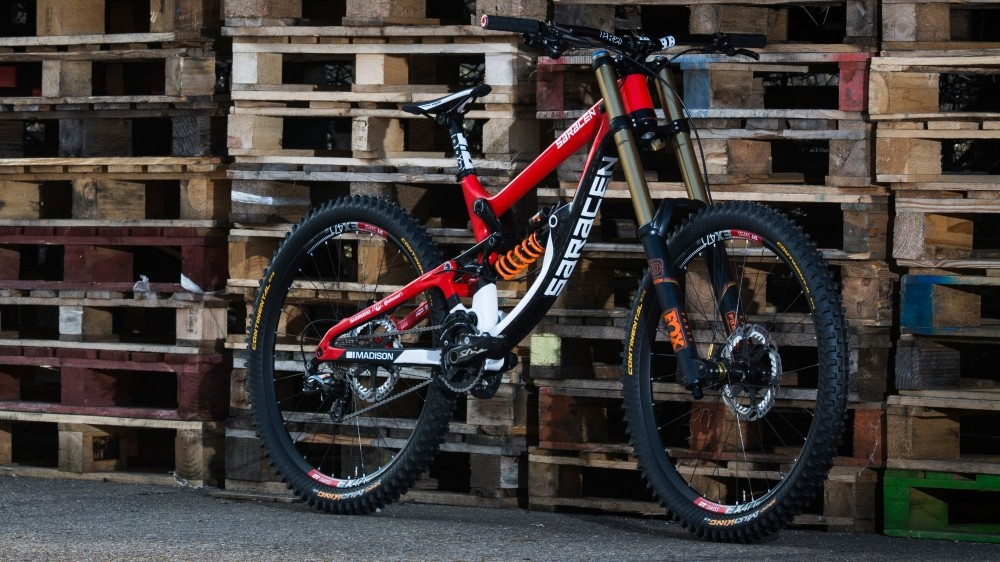 Carpenter's Myst Carbon has had a fresh lick of paint since the model's reveal late last year