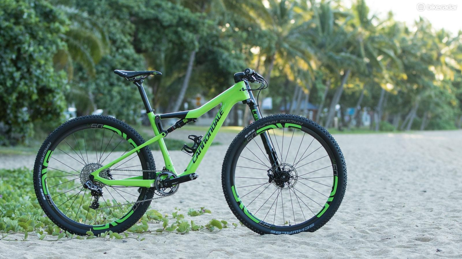 Forever different to the rest of the field, Cannondale has overhauled its longstanding full-suspension XC bike. We take a look at the Scalpel Si belonging to Manuel Fumic