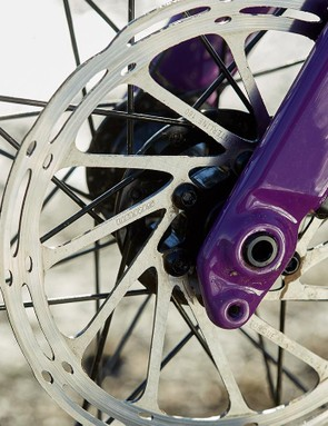 Hydraulic disc brakes, thru-axles, and rack and mudguard mounts — everything you need for adventurous rides