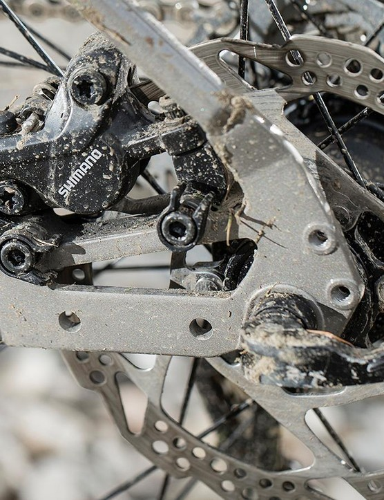 Shimano M445 brakes are basic but reliable performers