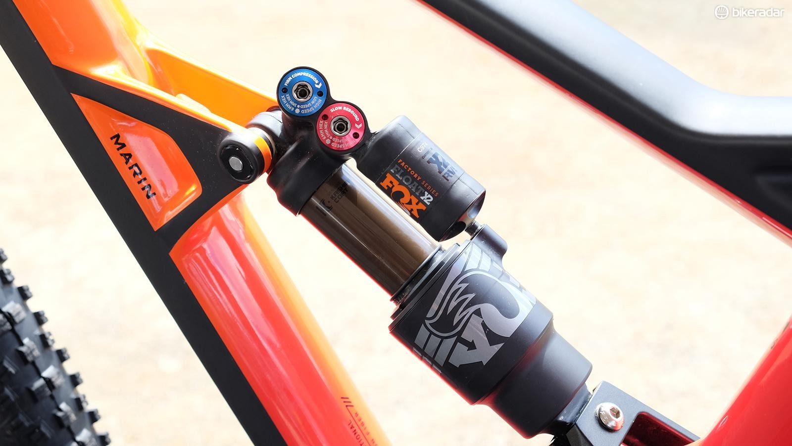 A custom-tuned Fox Float X2 with minimal compression damping is used on the Wolf Ridge Pro