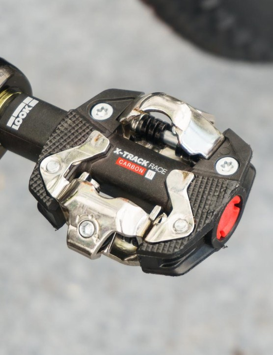 Marotte prefers Look X-Track Race carbon pedals