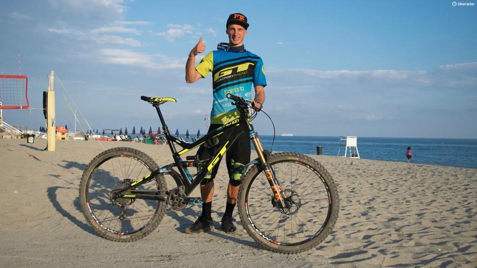 Martin Maes' EWS-winning GT Sanction - BikeRadar