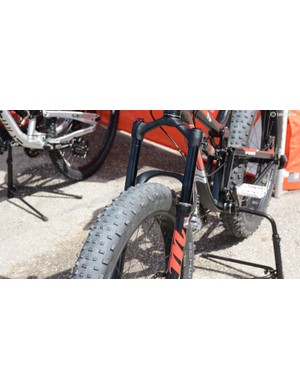 Manitou's new Mastodon fat bike fork features 34mm stanchions and up to 150mm travel