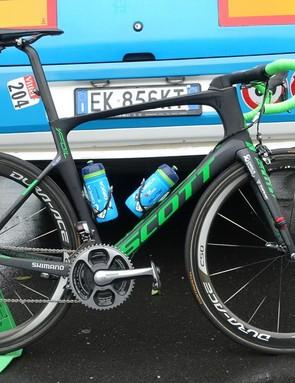 Mat Hayman won the 2016 Paris-Roubaix aboard an aero Scott Foil