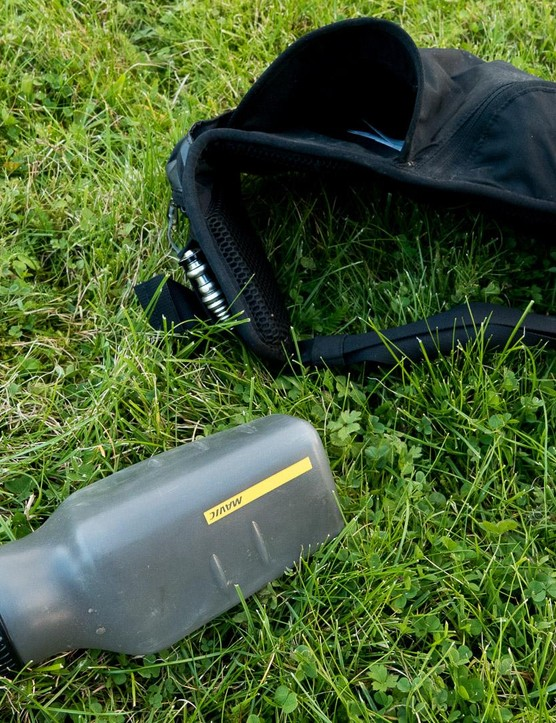 The custom shaped waterbottle has a 0.5L capacity, which is just about enough for short-ish jaunts