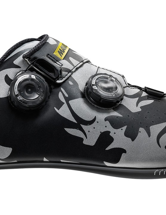 Mavic's Cosmic Pro shoes are available now in this limited edition Lion of Flanders motif
