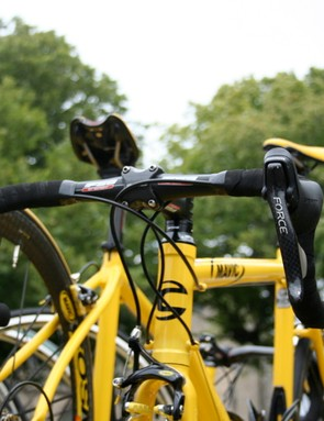 … and the Mavic neutral service uses the shifters on its yellow Cannondale bikes.