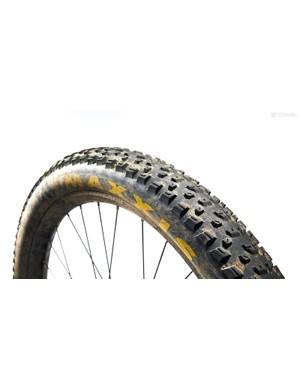 """2.8"""" Maxxis Rekon+ tyre"""
