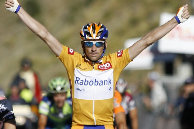Denis Menchov (Rabobank) wins stage 10