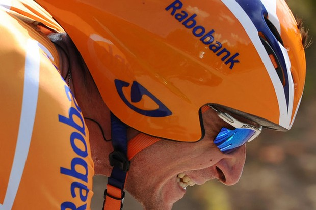 Russian team leader Denis Menchov (Rabobank/Ned), competes, on July 26, 2008, in the 53 km individual time-trial and twentieth stage of the 2008 Tour de France cycling race run between Cerilly and Saint-Amand-Montrond