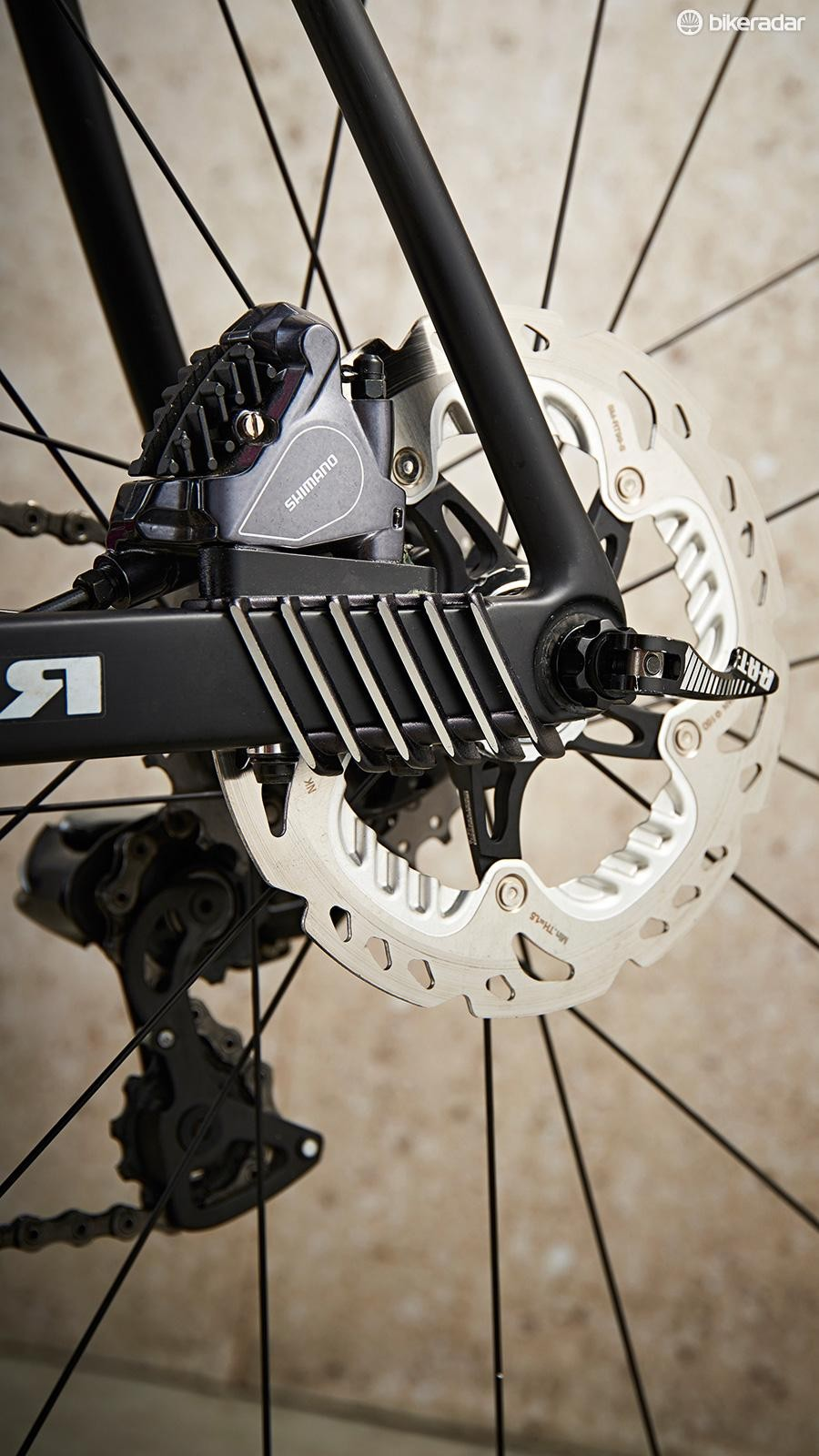 Merida claims the addition of disc fins cools things down quicker
