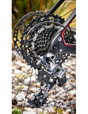 The SRAM Force gearing proved to be its usual reliable self throughout testing
