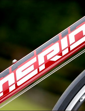 Merida uses weight-saving butted tubing for the down-tube
