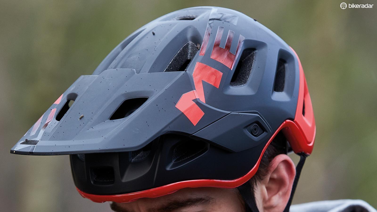 MET's Roam helmet