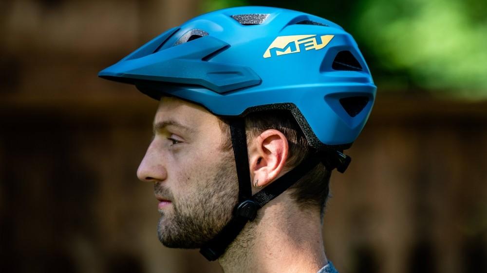 MET's Echo trail helmet