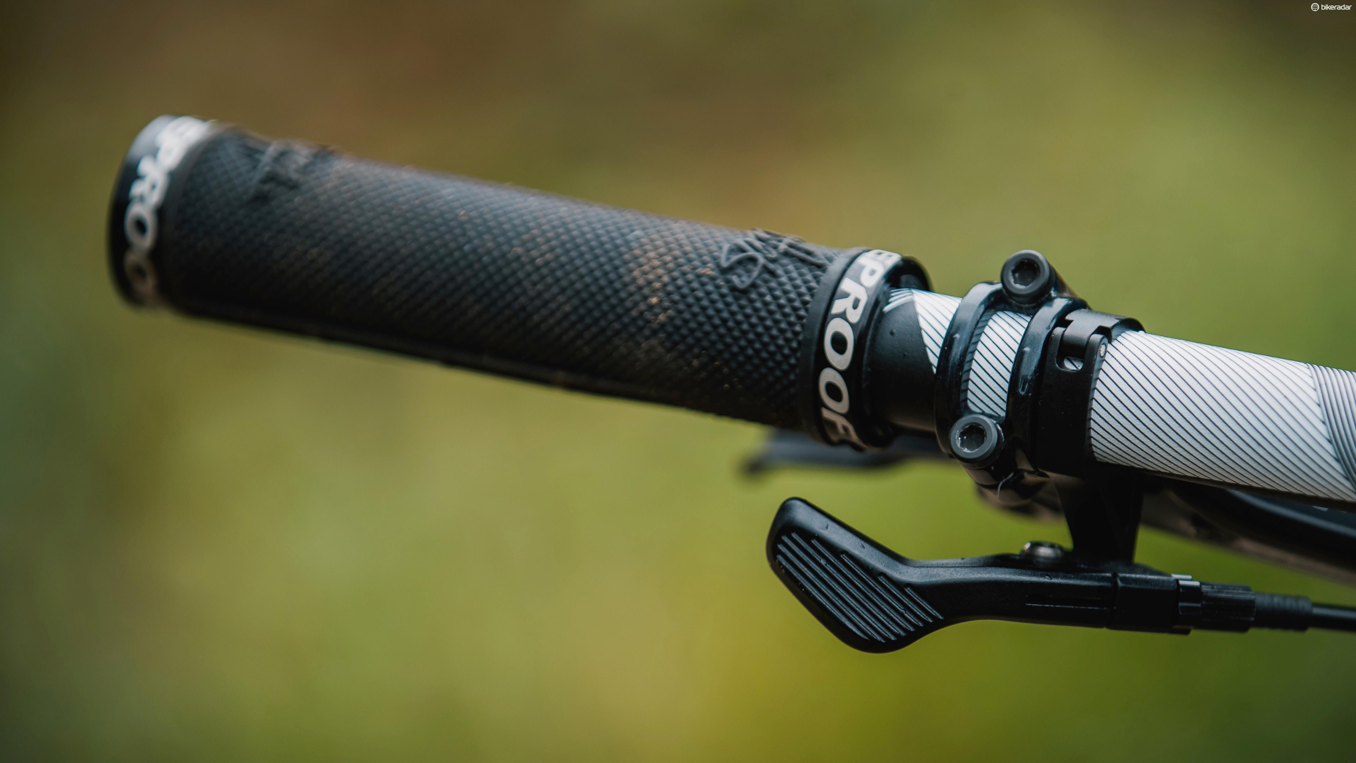 Sam Hill Signature grips are found across the range