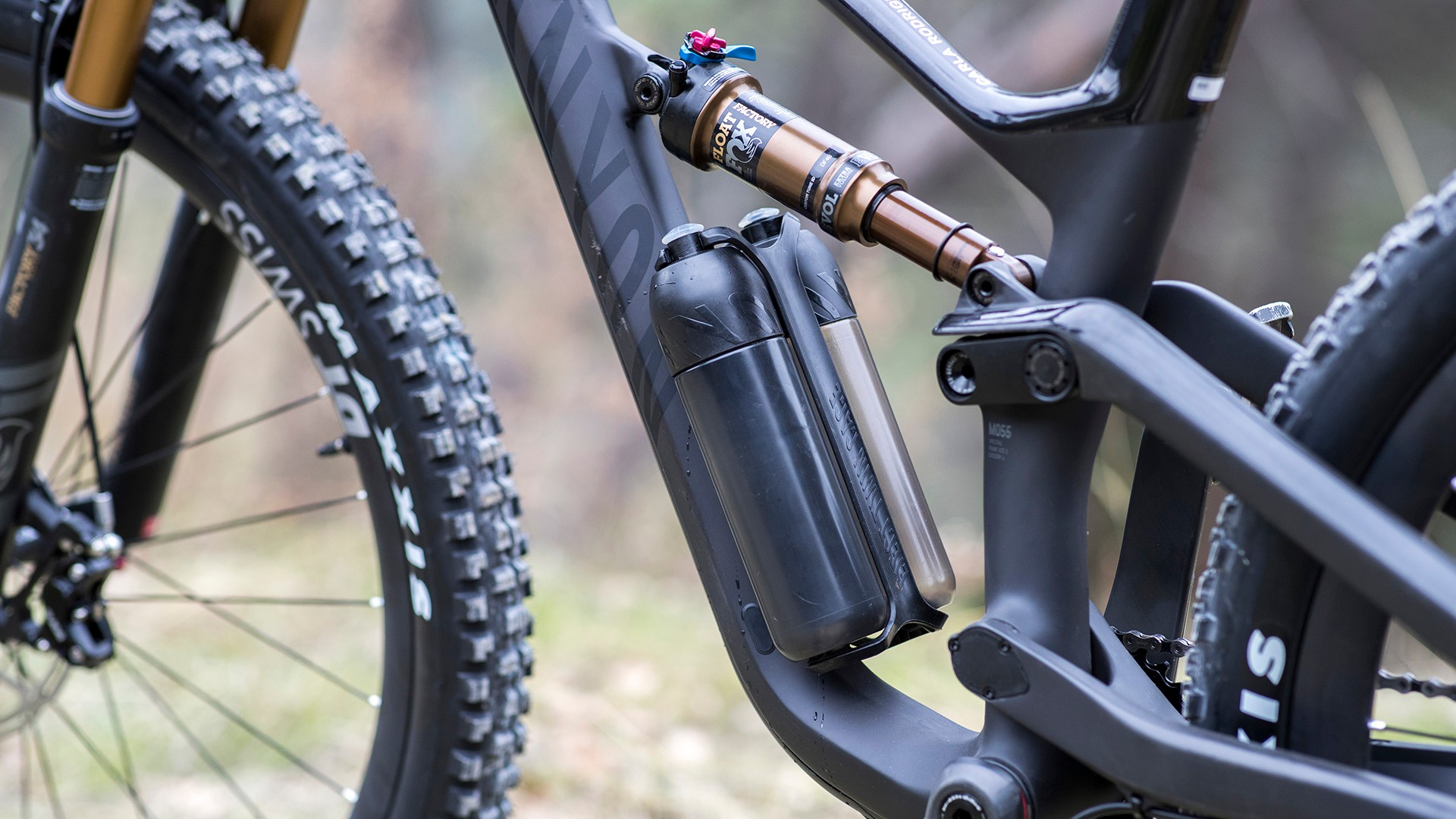 Even the 2XS size Spectral has room for a bottle cage, albeit a specially designed one