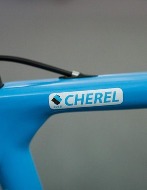 Name stickers on the top tube feature the famous colours of the French WorldTour team