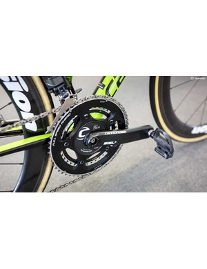 At the front Docker is running Cannondale SiSL2 cranks with an SRM powermeter and 53/39T chainrings