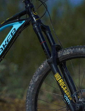 Up front sits the RockShox Yari RC fork. While it's not as composed as its pricier counterpart, the Lyrik, it's still nicely controlled for the most part and feels reasuringly stiff and accurate when it matters
