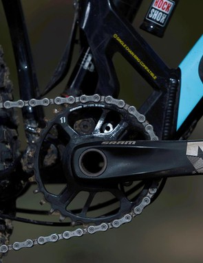 Considering the price of the Dune, it's a little disappointing to see SRAM's NX 1x11 transmission here