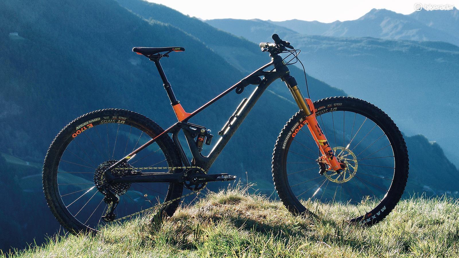 Mondraker Foxy Carbon RR 29 first ride review - BikeRadar