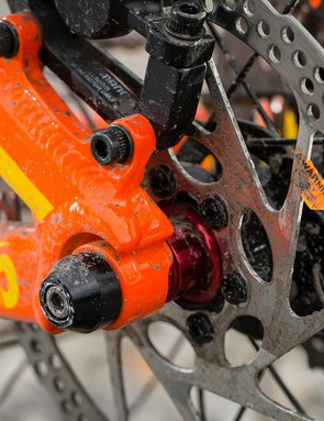 Mondraker's 157mm bolt-thru rear axle system makes for a back end that's wider than most
