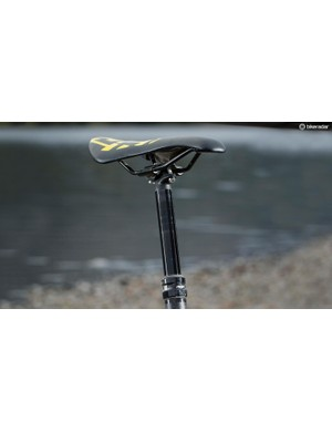 The own-brand saddle sits atop a 74-degree seatpost, helping the Vantage claw its way over most things