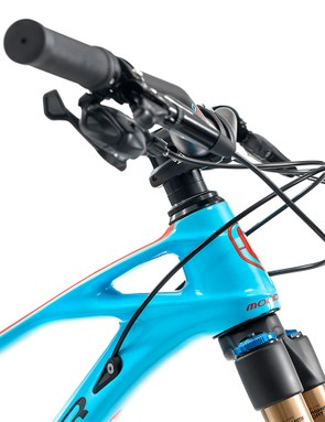 The Foxy Carbon 29 shares the lines that make Mondraker's frames easy to identify