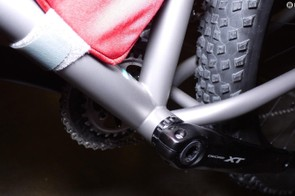 Many will rejoice at the sight of a threaded bottom bracket on the Moots Mountaineer