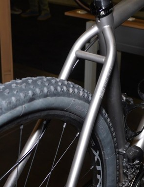 The seatstays on Mosaic's MT1 offer a clean look while maintaining lots of clearance
