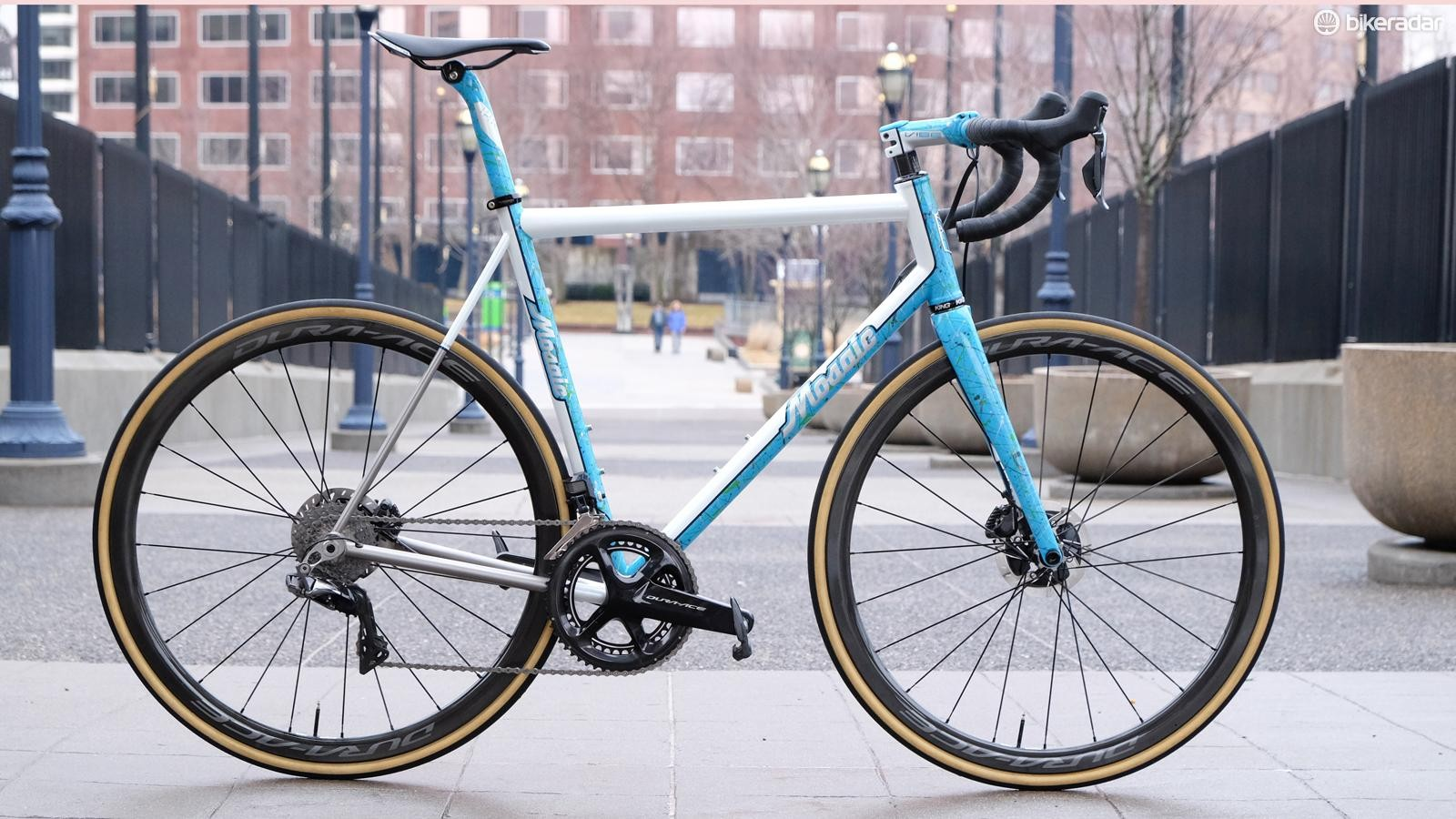 This Mosaic Cycles road bike was painted in Shimano's colors