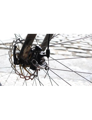 TRP Spyre mechanical disc brakes provide stopping duties