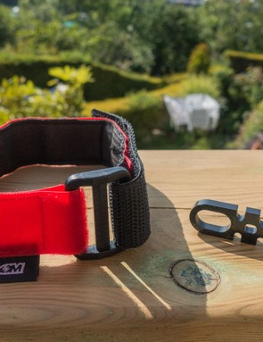 MT Zoom's Handy Strap Mk2 and emergency hanger