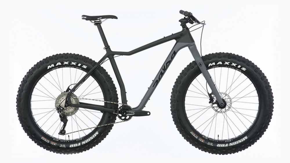 The lowest MUKLUK carbon frame comes with a Shimano SLX 1x11 build