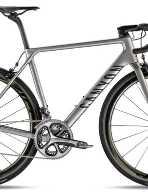 This year's most wanted road race bike: the Canyon Ultimate CF SLX